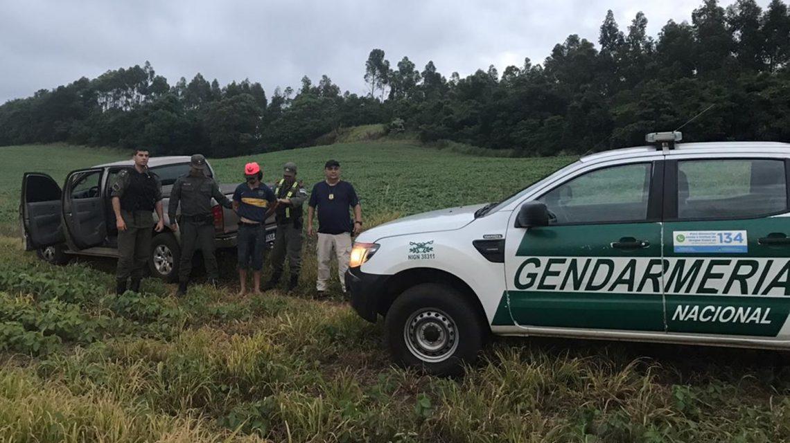 Operação na fronteira recupera carro furtado em Francisco Beltrão e prende foragido da justiça