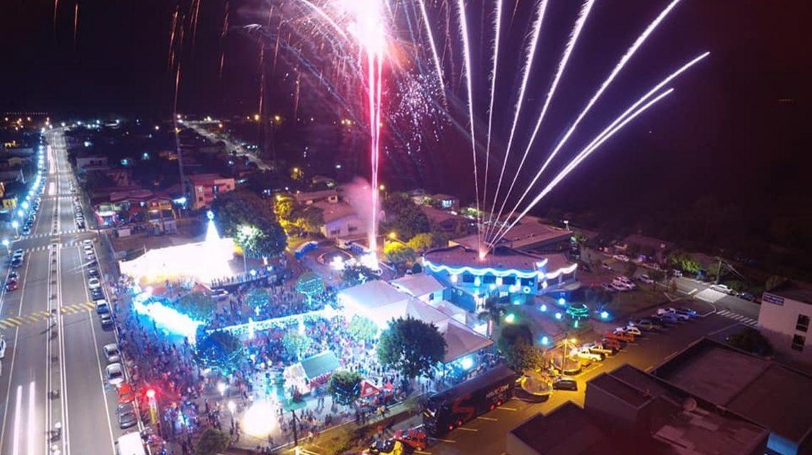 Abertura do Natal iluminado reuniu milhares de pessoas em Saudade do Iguaçu