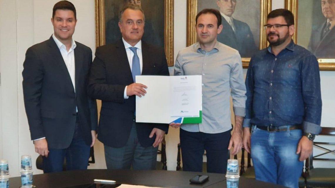 Deputado Plauto Miró libera R$ 170 mil para aquisição de ambulância em Candói