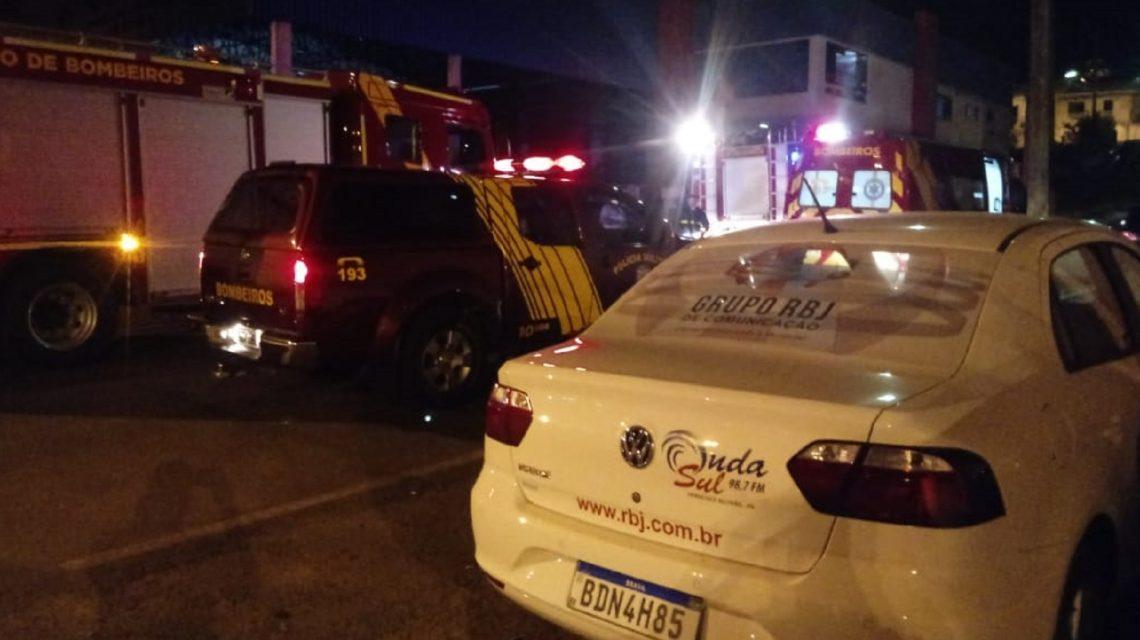 Corpo de Bombeiros registra princípio de incêndio na empresa Bertovel, em Francisco Beltrão