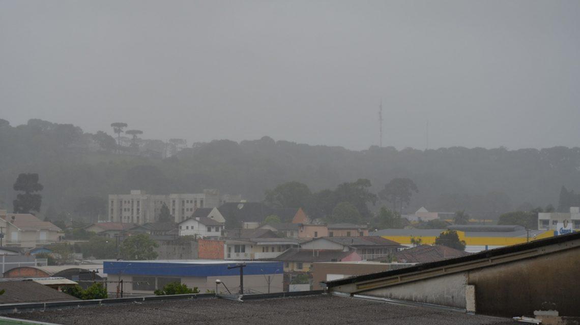Simepar registra 50 milímetros de chuva em Palmas