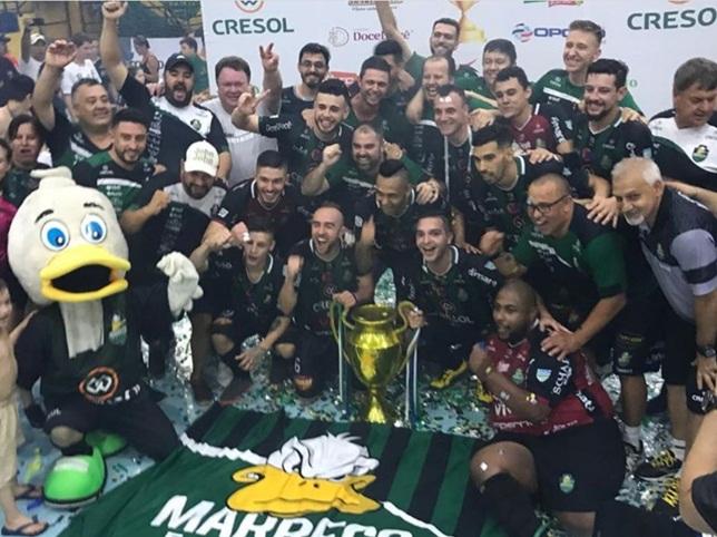 Marreco é campeão da Liga Futsal Paraná