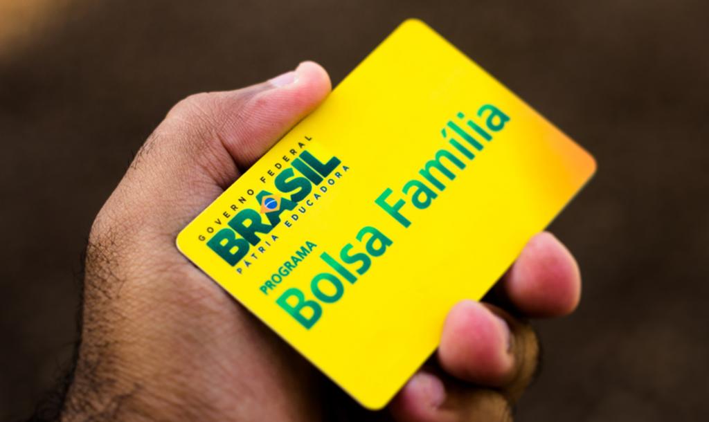 inscricao-13o-salario-bolsa-familia-site-whatsapp