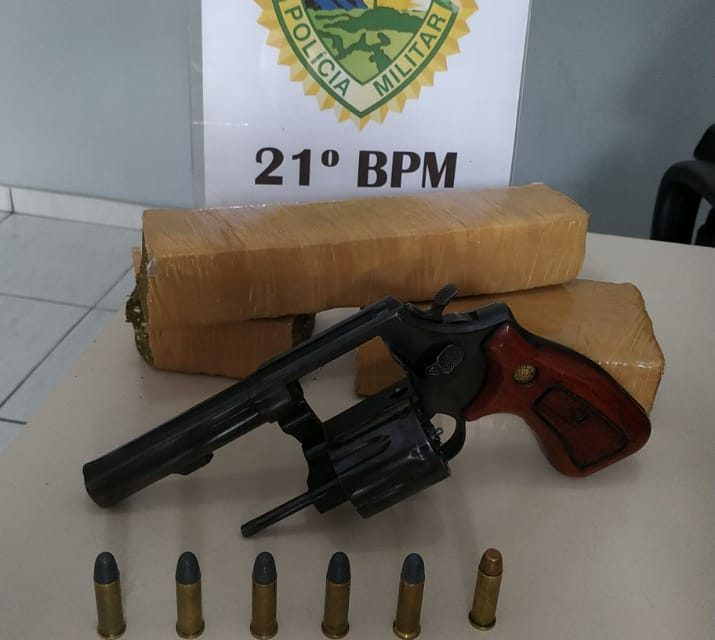 PM apreende arma, droga e produtos furtados em Francisco Beltrão