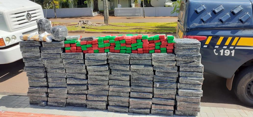 PRF apreende grande quantidade de drogas em Capanema