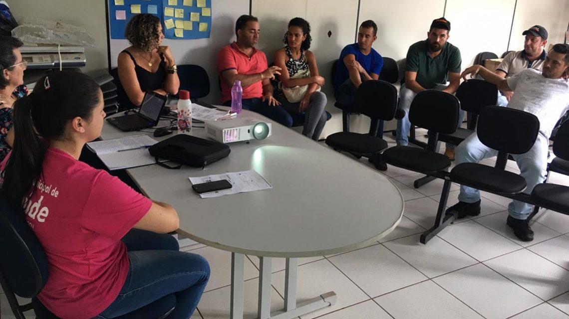 Rio Bonito do Iguaçu: Vigilância Sanitária e Epidemiologia se reúne com profissionais sobre estratégias contra a Tuberculose Bovina e Brucelose