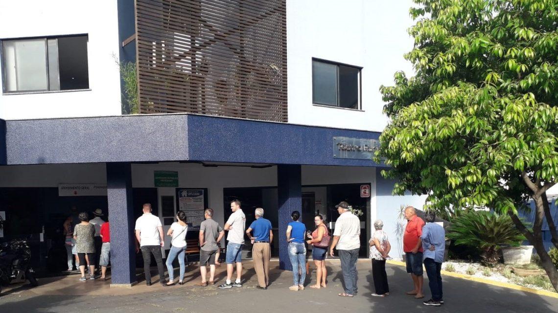 Contribuintes já podem retirar os carnês do IPTU em Francisco Beltrão