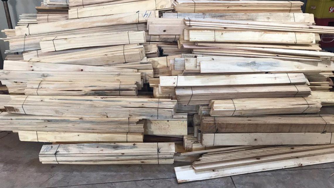 Polícia Federal estoura depósito de madeira contrabandeada em Santo Antônio do Sudoeste
