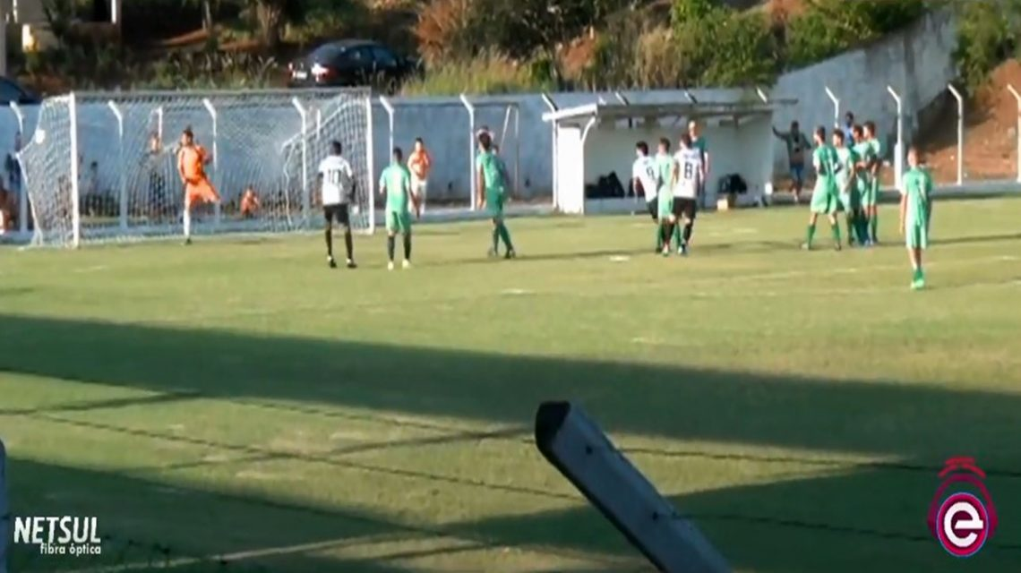 Definidos os semifinalistas da Taça Iguaçu Cresol de Futebol
