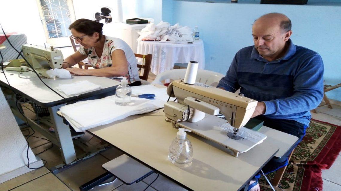 Família confecciona mais de 1000 máscaras e faz doação em Francisco Beltrão