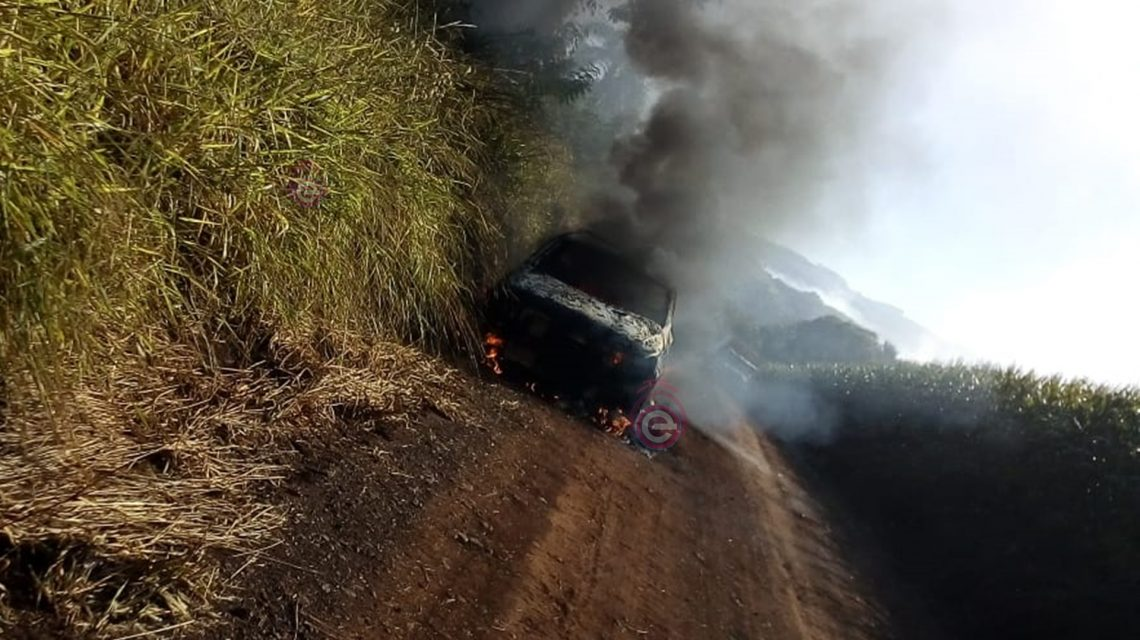Veículo é destruído por incêndio no interior de Candói