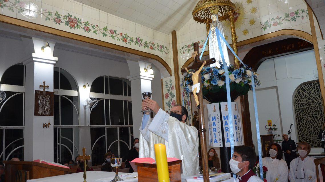 Devotos de Nossa Srª de Fátima participam do encerramento de Novenas em Palmas