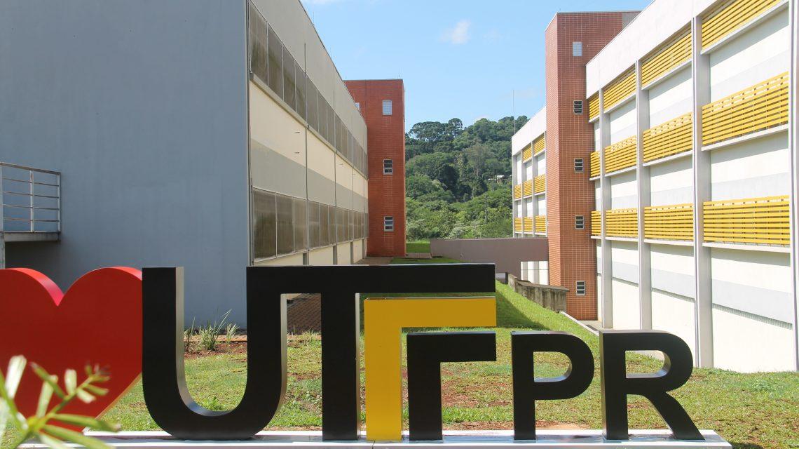 UTFPR: Projeto leva informação referente a Covid e saneamento à população