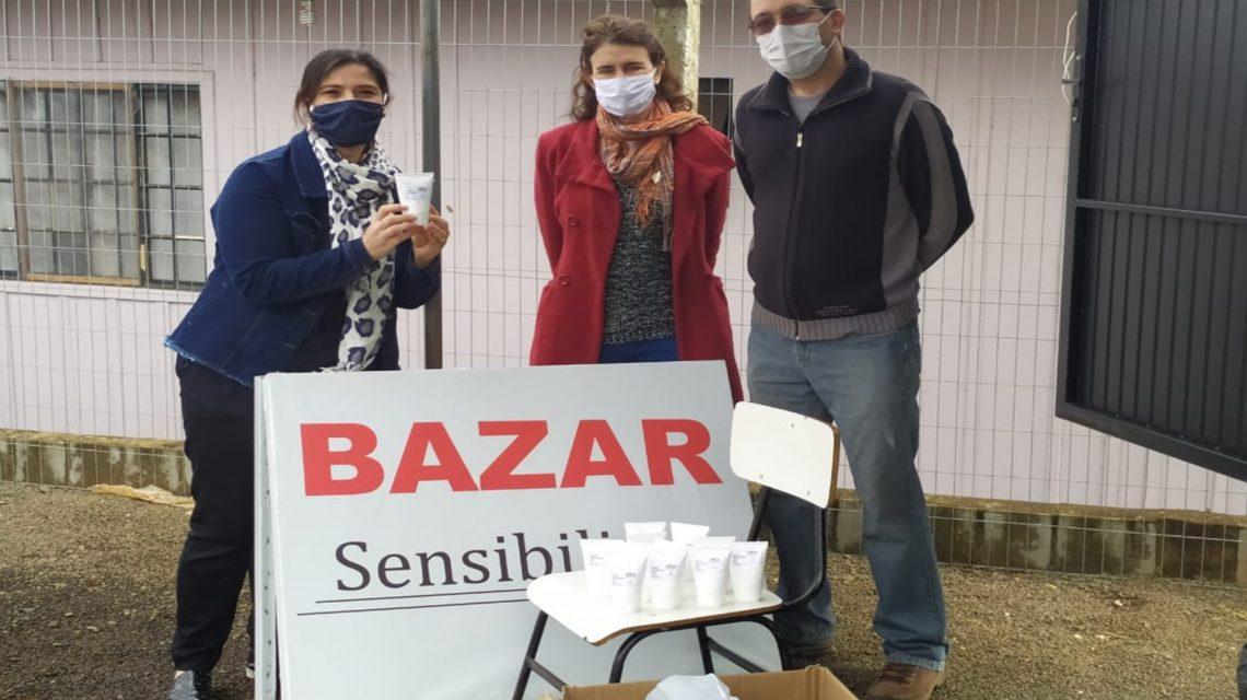 UTFPR doa produção de álcool em gel para Associação Sensibilizar de Francisco Beltrão