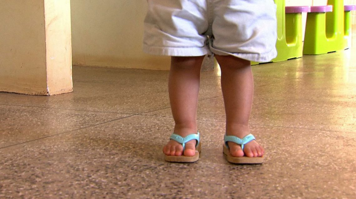 Saúde mental de crianças em isolamento deve ser cuidada, diz psicólogo