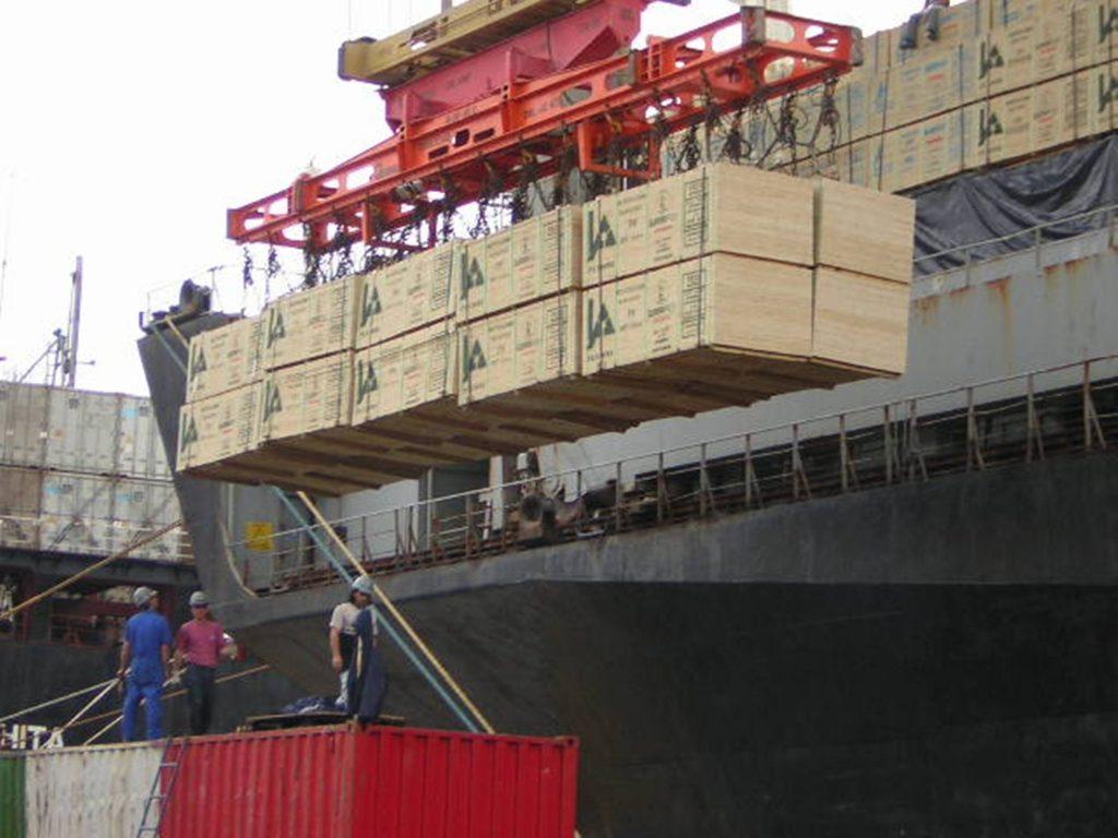12-break-bulk-ship.-1