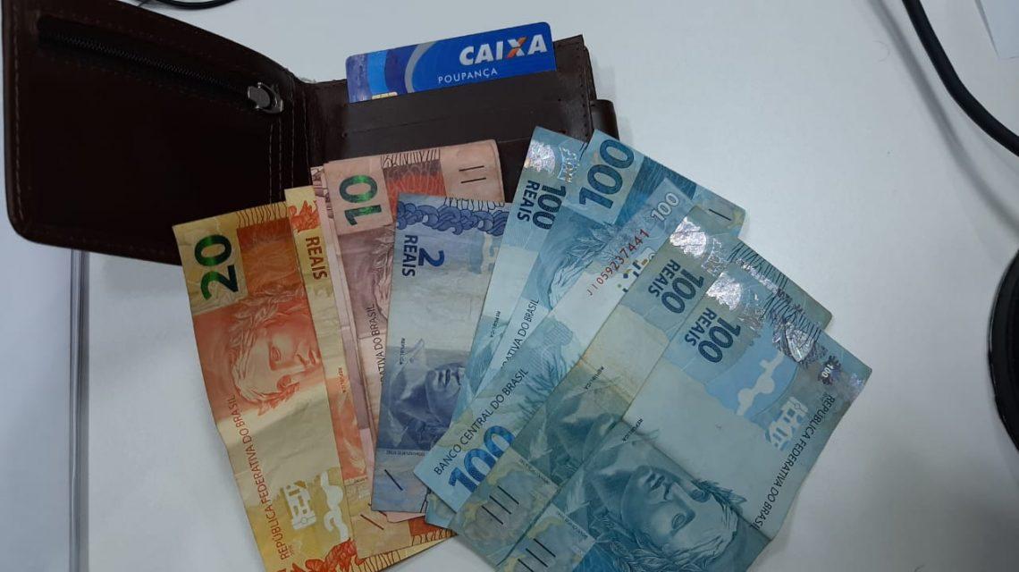 Beltronense devolve para o dono carteira com quase R$ 600