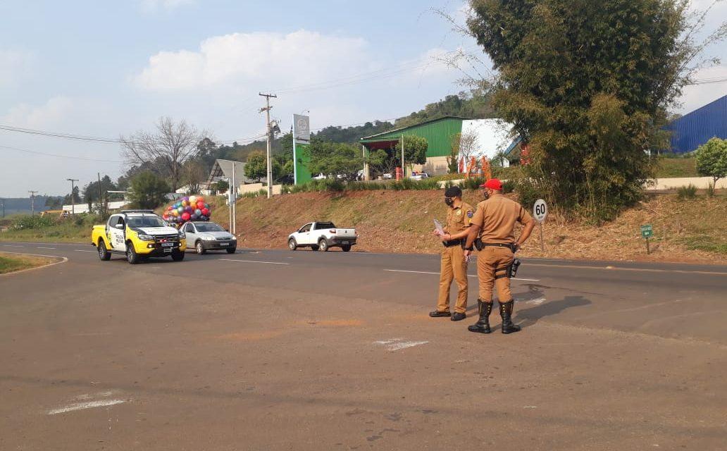 Duas pessoas ficam feridas após colisão entre motocicletas na PR 180