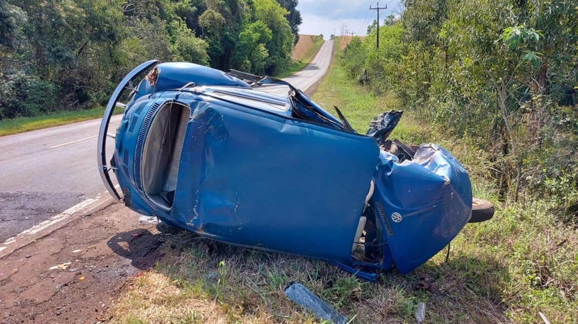 Acidente envolvendo carro e caminhão deixa um ferido na PR-158, em Chopinzinho