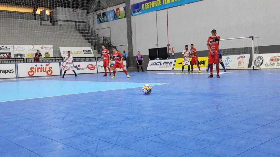 PalmasNet/Pref. de Palmas goleia o Toledo e entra no G4 da Liga Paraná