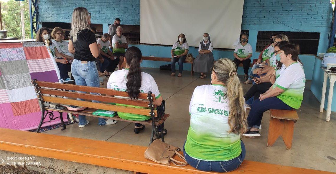Planalto sedia formação da Pastoral da Criança decanal