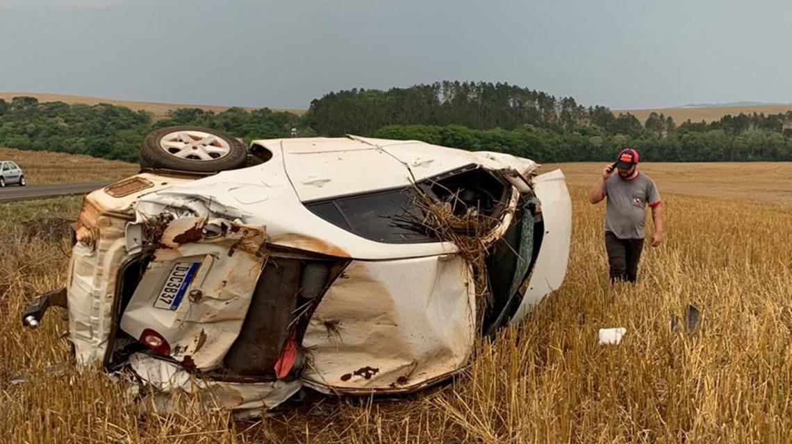 Coronel Vivida: Homem de 68 anos morre em capotamento de veículo na PR-562