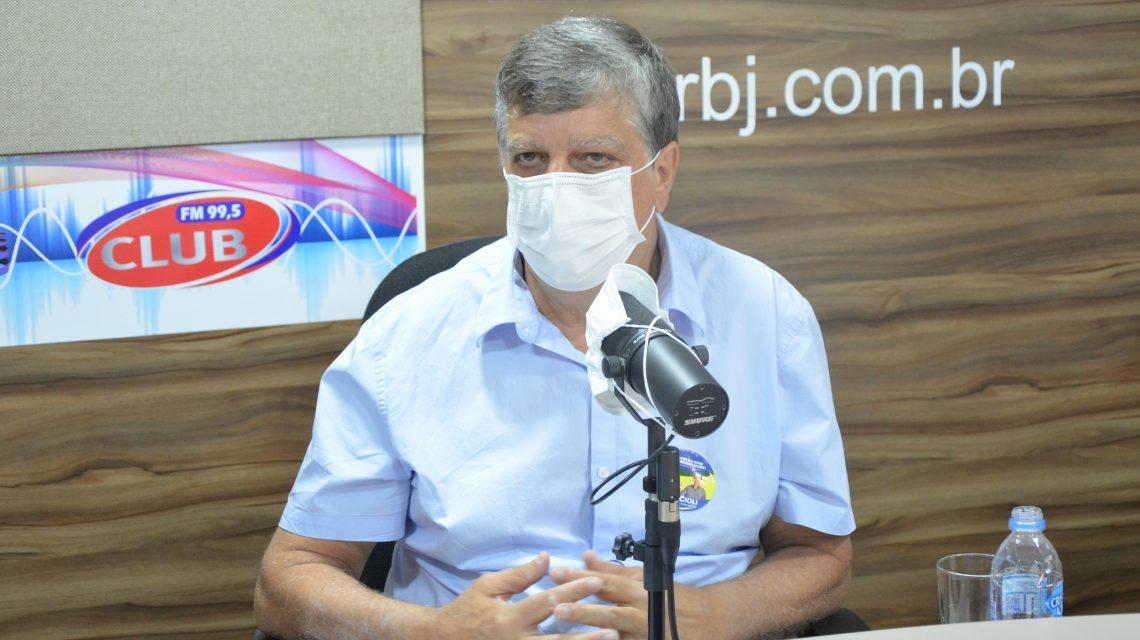 Acioli Ribas fecha série de entrevistas da Rádio Club com candidatos a prefeito de Palmas