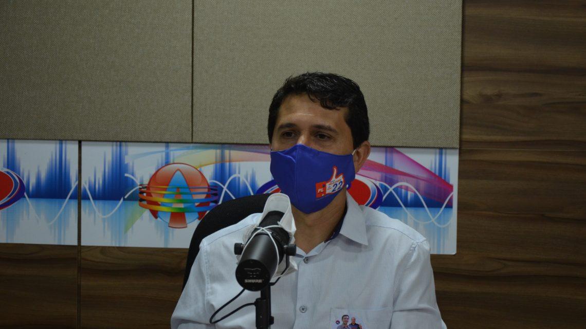 Hélio Costa foi o entrevistado desta terça-feira na Rádio Club