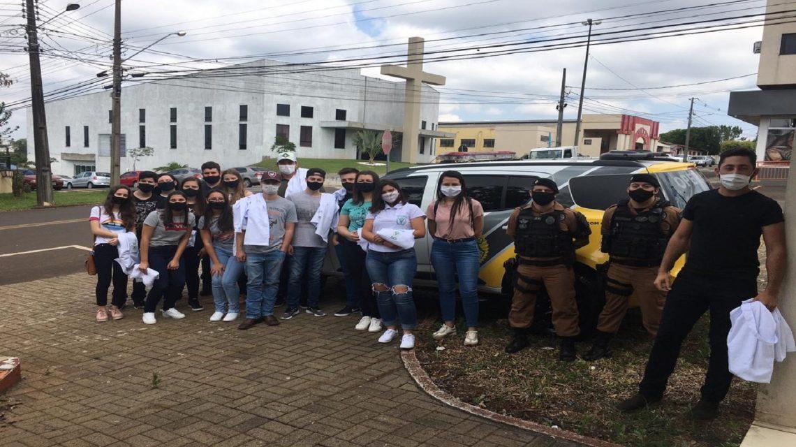Alunos da UNISEP realizam visita técnica ao 21° BPM