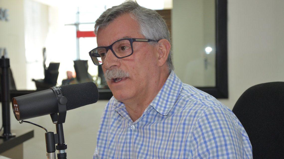Dr. Kosmos é reeleito prefeito de Palmas