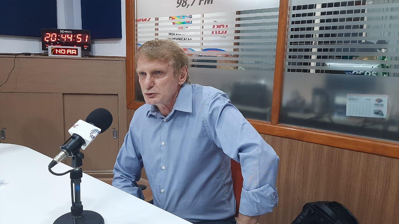 Em disputa acirrada Quintino Giralrdi é eleito presidente da Câmara Municipal de Francisco Beltrão