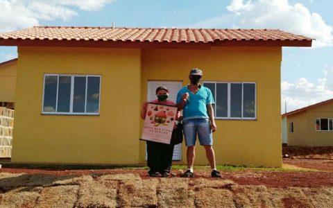 Famílias de Marmeleiro recebem novas moradias por intermédio da Cohapar