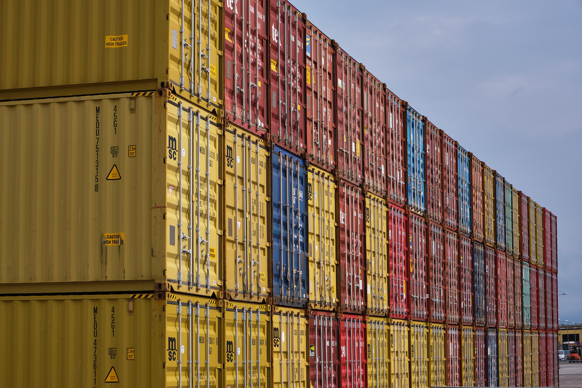 container-4675851_1920 (1)